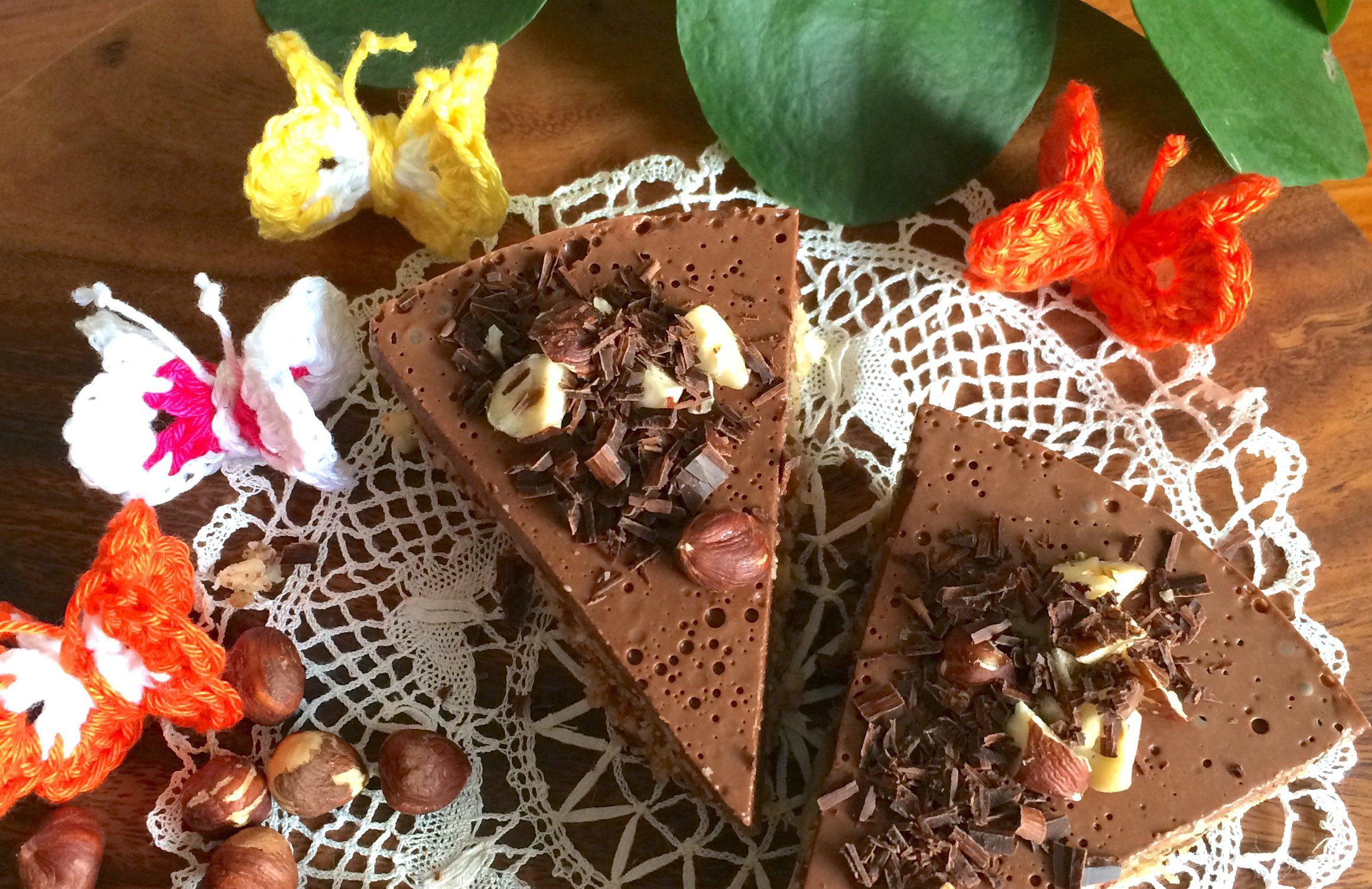 Hazelnoot-chocoladecrème taart